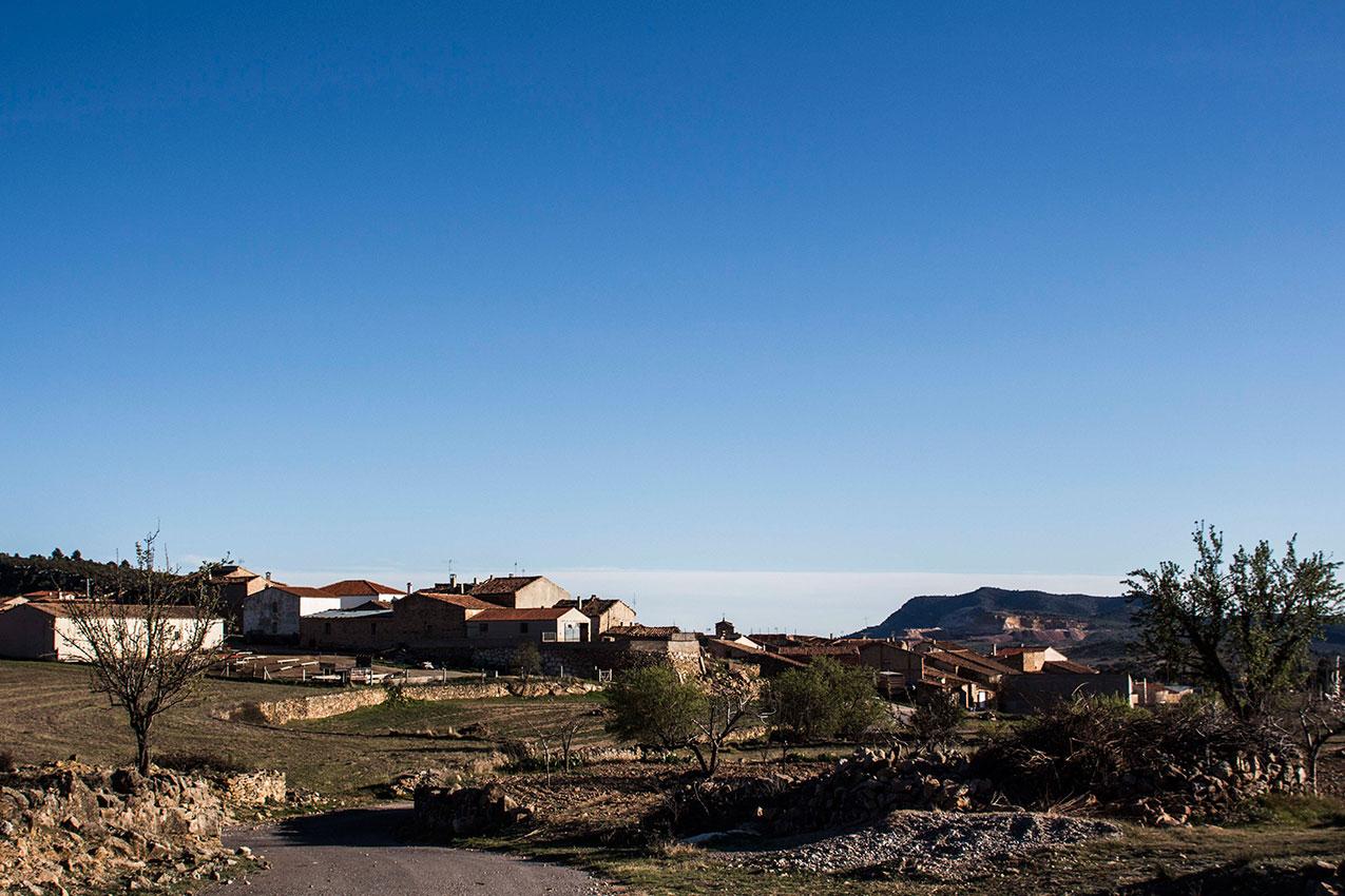 casa mediterranea inland entre almendros